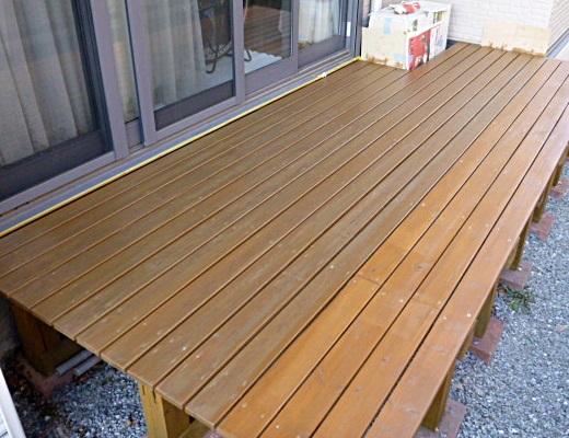 wooddeck0203a.JPG